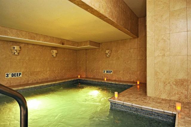 Spa Pool at Gurney's Inn Resort Spa