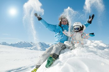 Family winter fun at Mammoth Property Reservations.