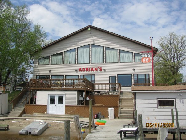 Red lake mn ice house rentals red lake mn ice fishing for Red lake fish house rentals