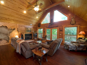 Cottage living groom at Norfork Resort & Trout Dock.