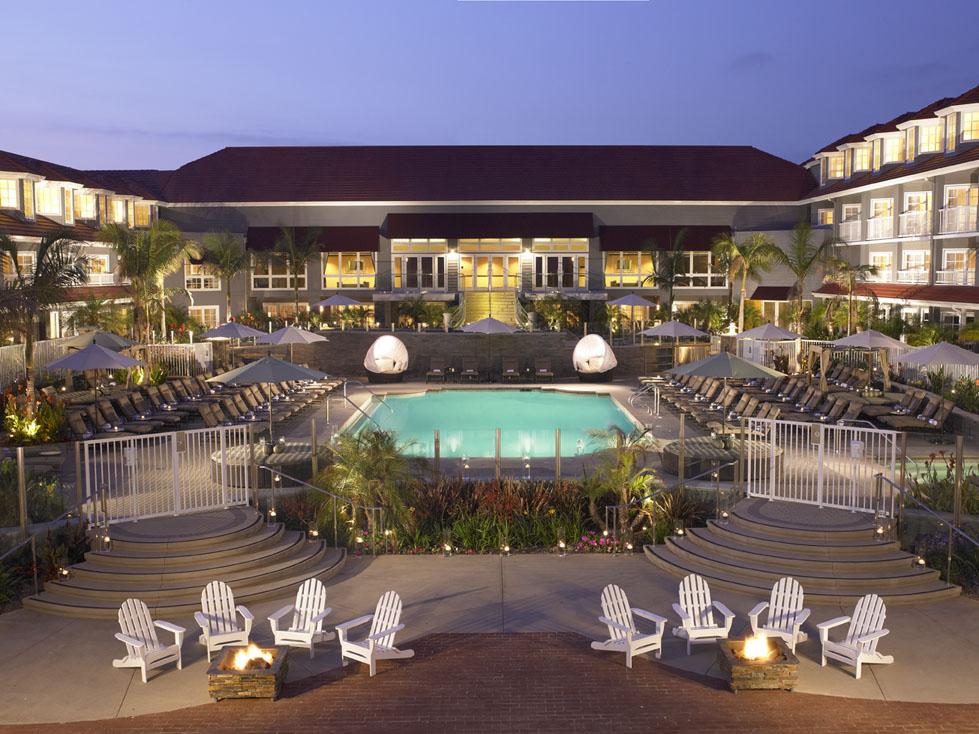 Outdoor pool at Laguna Cliffs Marriott Resort & Spa.