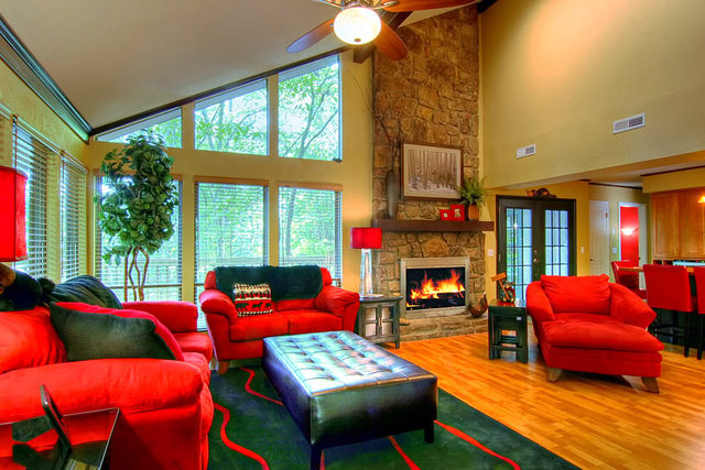 Cabin living room at Aunt Bug's Cabin Rentals, LLC.