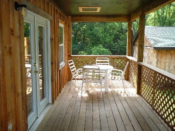 Rental Porch at Allstar Lodging