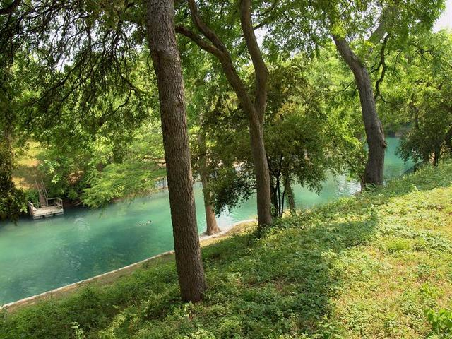 Comal River New Braunfels Tx Lodging New Braunfels Tx