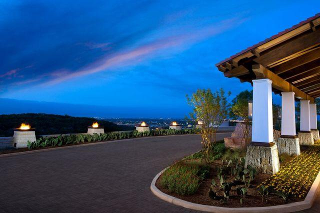 Front entrance at La Cantera Hill Country Resort.