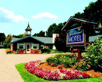 Exterior view of Frankenmuth Motel.
