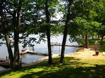 Lake dock at Chanticleer Inn.