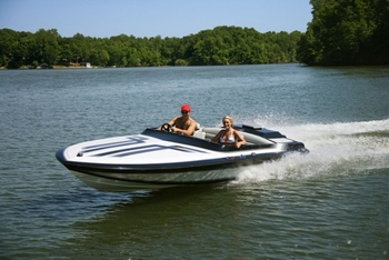 Boating at Pine Lodge Cabins & Suites.