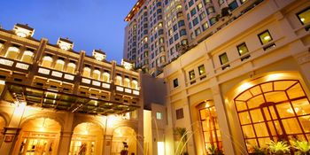 Exterior view of Hotel Inter-Continental Singapore.