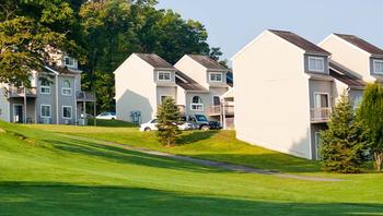 Tree Tops Villas and Fairway Villas vacation owner units near Fernwood Resort.