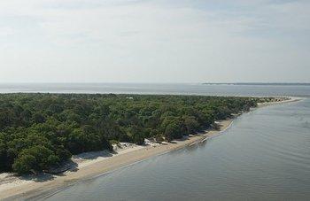 Beach near Days Inn Jekyll Island