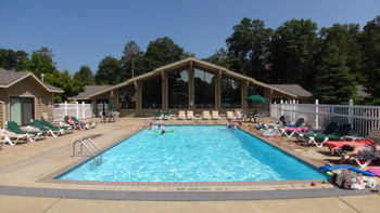 Outdoor pool at Kavanaugh's Sylvan Lake Resort.