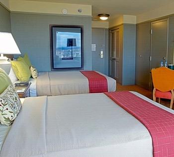 Guest Room at Lansdowne Resort