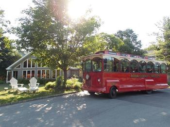 Trolley tours at Waterbury Inn Condominium Resort.
