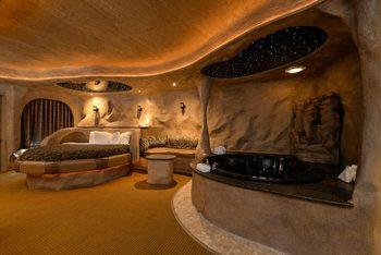 Guest suite at Best Western Designer Inn & Suites.