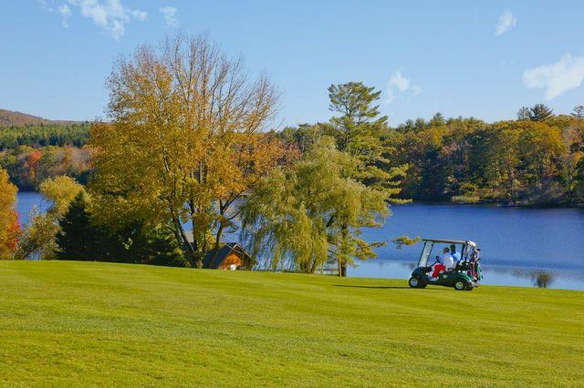Golfing at Skytop Lodge
