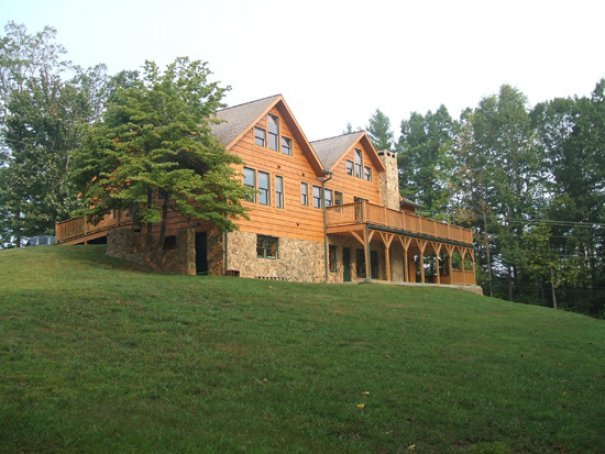 Blowing rock vacation rentals cabin wilderness cabin for Rental cabins in boone nc