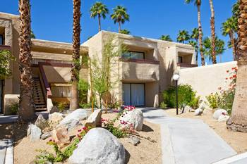Exterior view of Desert Vacation Villas.