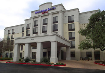 Exterior view of SpringHill Suites Austin Northwest.