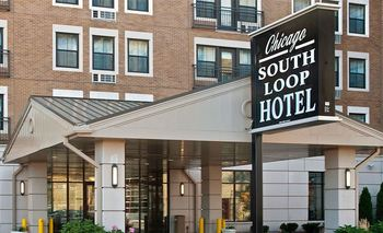 Exterior View of Chicago South Loop Hotel