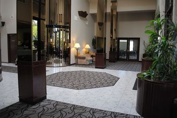 Lobby at Shilo Inn Pomona Diamond Bar.