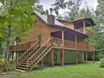 Cabin exterior at Georgia Mountain Cabin Rentals.