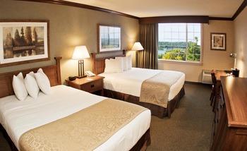 Guest room at Geneva Ridge Resort.