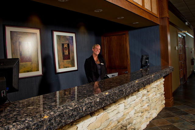 Front desk at Geneva Ridge Resort.