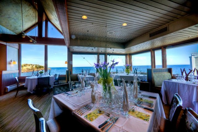 Restaurant at Bluefin Bay on Lake Superior.