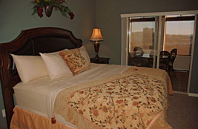 Branson vacation rentals condo 3 bedroom 3 bathroom for 7 bedroom cabins in branson mo