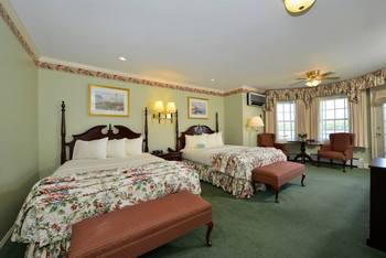 Suite interior at Bar Harbor Inn & Spa.