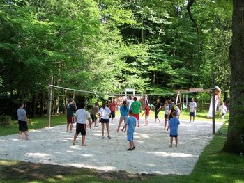 Volleyball court at Daniels Family Lodge.