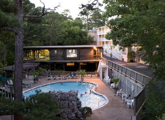 best western inn of the ozarks hotel eureka springs ar. Black Bedroom Furniture Sets. Home Design Ideas