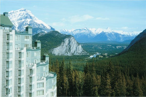 Relaxation and beauty at the banff rimrock resort hotel for Banff national park cabin rentals