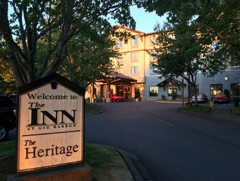 Exterior view of The Inn at Gig Harbor.