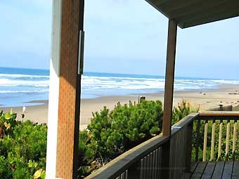 Pacific retreats vacation home lincoln city or resort reviews - Large summer houses energizing retreat ...