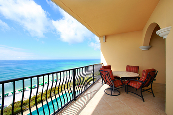 Enjoy your very own private balcony overlooking the Gulf of Mexico when you choose a beachfront condo rental by Southern.