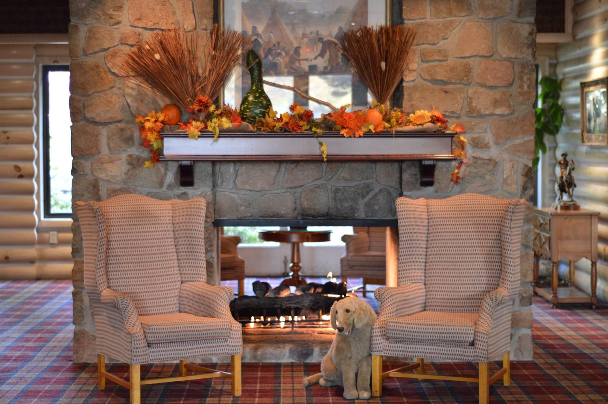 Lobby at Sawmill Creek Resort.