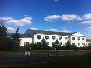 Exterior view of Aurora Inn.