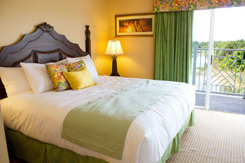 Guest bedroom at Summer Bay Resorts.