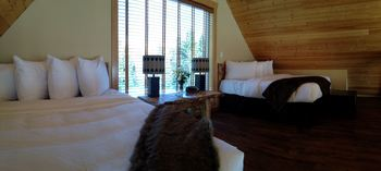 Guest bedroom at Beaver Creek Lodge.