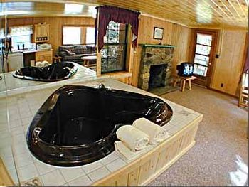Hart Shaped Jacuzzi at Baskins Creek Cabin Rentals