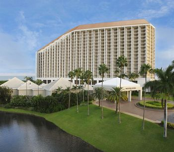 Exterior view of Waldorf Astoria Naples.