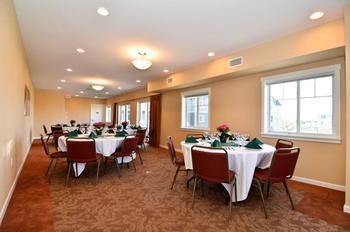 Conference room at Rivertide Suites Hotel.