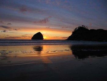 Beach sunset at Shorepine Vacation Rentals.
