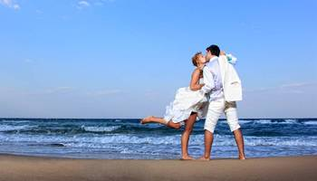 Beach wedding at Crowne Plaza Melbourne Oceanfront Resort.