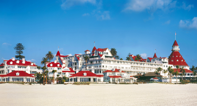 1-hotel-del-coronado-property-beach-panoramic-turret-08-mwilson-hires.jpg