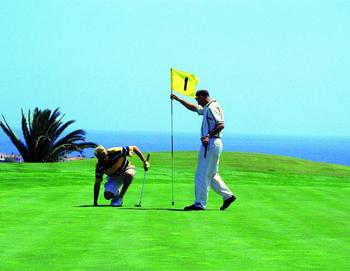 Golf near Fun Destin Vacation Rentals.