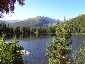Lake view near Alpine Trail Ridge Inn.