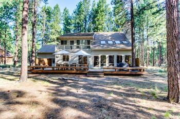 Vacation rental exterior at Vacasa Rentals Eagle Crest.